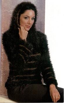 hooded pullover girl